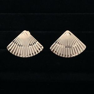 Vintage 14k Gold Hand Fan Earrings